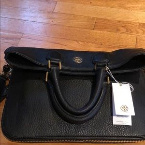 NWT Tory Burch Tote bag with cross body strap🌸